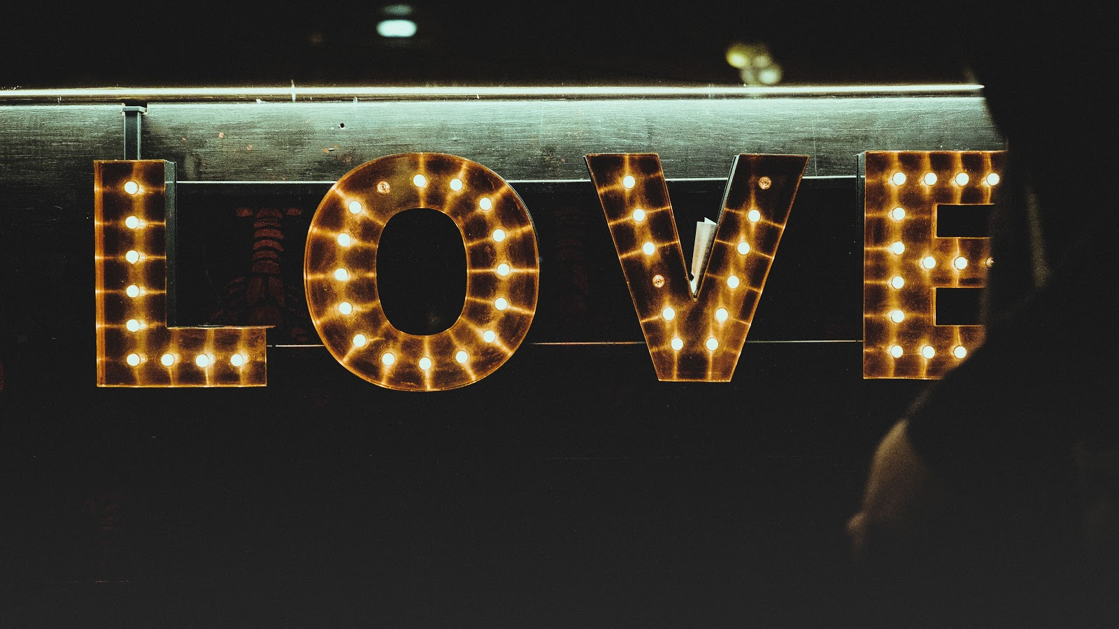 why marketers love Hubspot